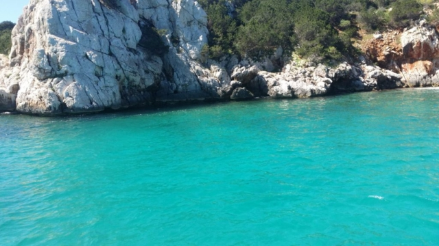 Unspoilt litter free places to swim