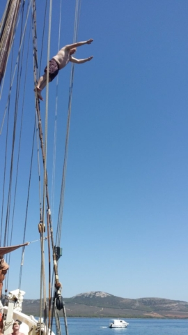 Diving from the rigging with Andrea Jensen