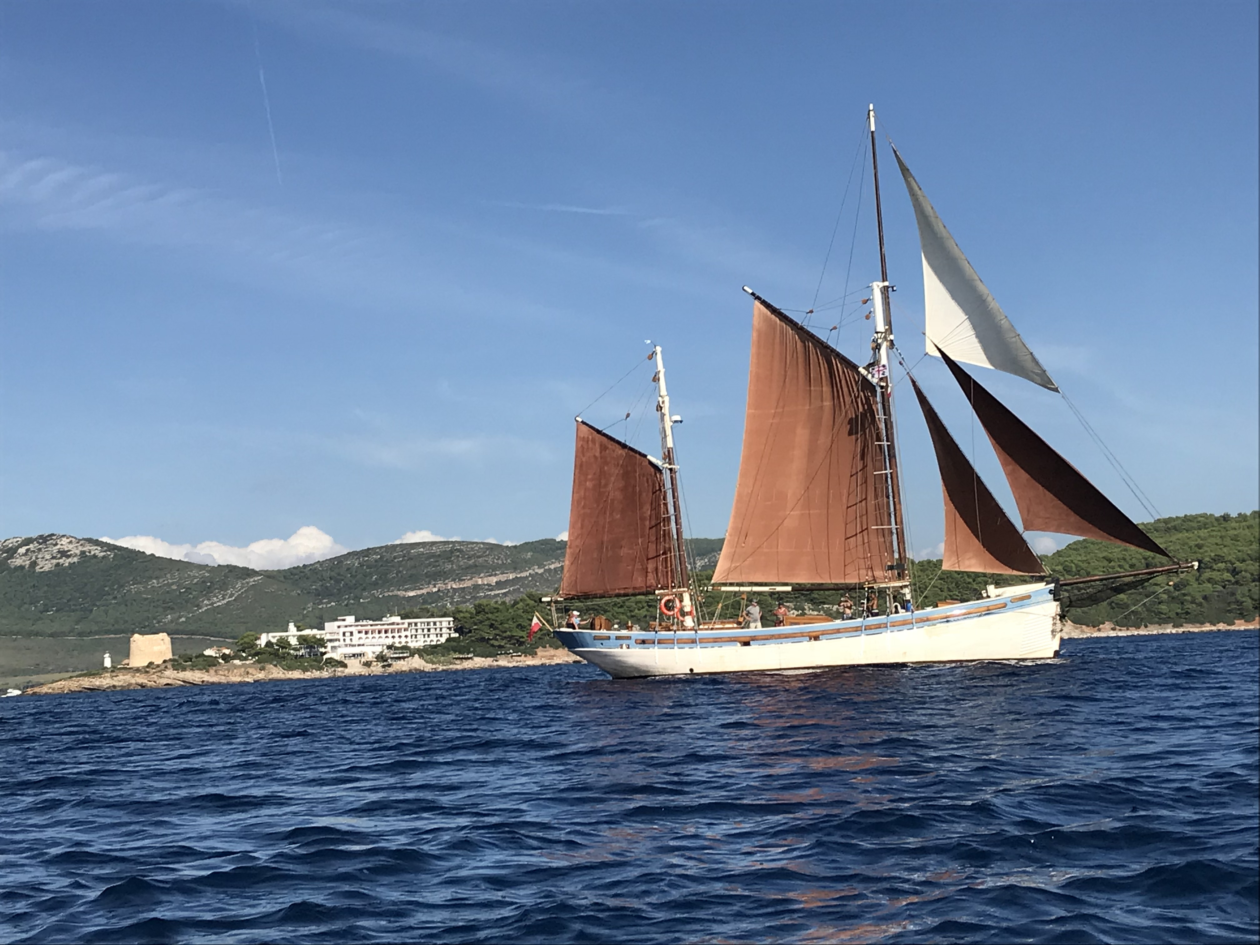 Andrea Jensen Sailing